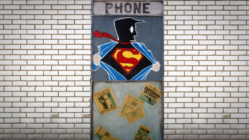 20150616173947-superman-art-change-transform-superhero-graf-street-art